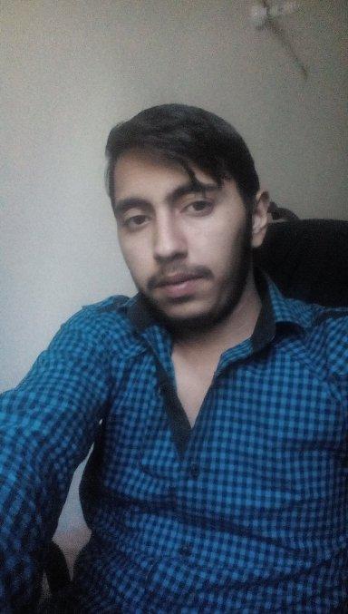 Nomi Khan